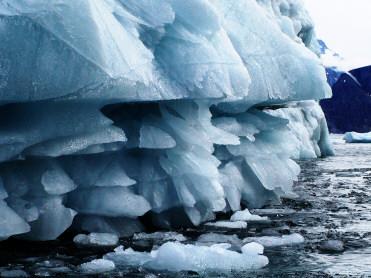 iceberg1779.jpg